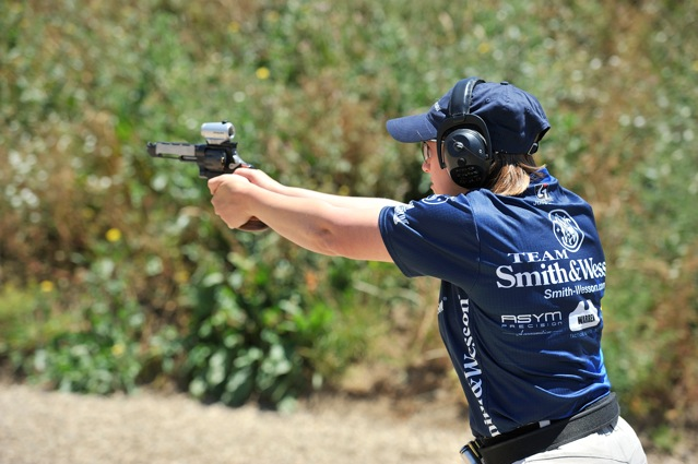 Julie G - Ladies Open Revolver World Champion, Photo Courtesy of Yamil Sued