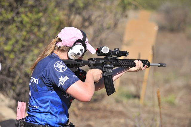 Julie Golob Shoots 3-Gun with the S&W M&P15, Photo by Yamil Sued
